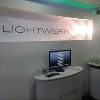 Das Foto wurde bei Lightwerk Internetagentur & Akademie von Dina4 w. am 9/21/2012 aufgenommen