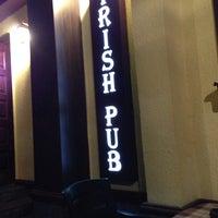 Снимок сделан в Irish Pub пользователем Alex Z. 9/13/2013