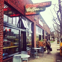 Foto tirada no(a) Stumptown Coffee Roasters por Mani B. em 3/1/2013