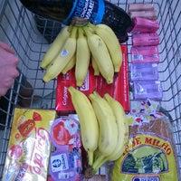 Photo taken at Extra Supermercado by Luiz Cláudio L. on 5/21/2014