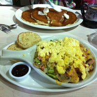 Photo taken at Egg Harbor Cafe by Gloria on 9/22/2012