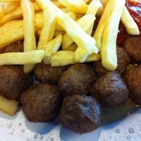 Photo prise au IKEA Restaurant & Café par Birgit H. le5/29/2014