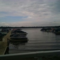 Photo taken at Lindy's Landing by sidnei on 9/7/2015