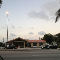 Photo taken at Intersection W Oakland Park Blvd & N Powerline Rd by Frank Vigliotti @. on 1/8/2013