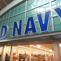Photo taken at Old Navy by FaajooRa A. on 8/4/2014