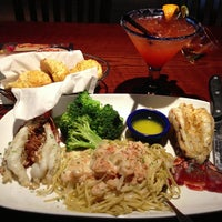 Photo taken at Red Lobster by JOSE + DEVIN 🤣 REPORT on 3/18/2013