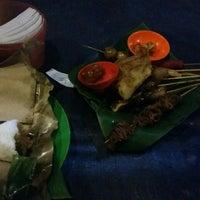 Photo taken at Angkringan Nasi Kucing Fatmawati by Amelia C. on 1/10/2016