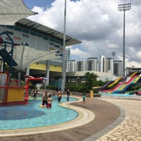 Photo taken at Sengkang Swimming Complex by Choon Yan T. on 5/7/2016