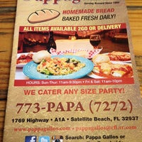 Photo taken at Pappagallo's Pizza by Erika R. on 11/9/2013
