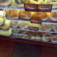 Photo taken at Uncle Harry's New York Bagelry by Veronica H. on 7/11/2014