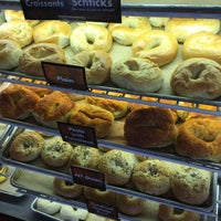 Photo taken at Uncle Harry's New York Bagelry by Veronica H. on 1/22/2015