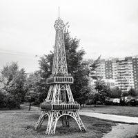 Photo taken at Эйфелева башня by Svetlana A. on 9/26/2012