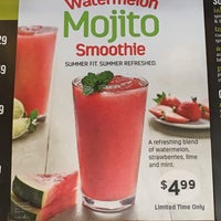 Photo taken at Tropical Smoothie Café by Shelbie on 7/16/2016