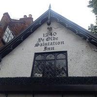 Снимок сделан в Ye Olde Salutation Inn пользователем Emma C. 7/25/2015