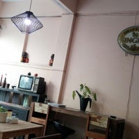 Photo taken at ๙ Nai café by YOs P. on 2/18/2015
