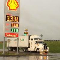 Photo taken at Shell by Jesse Lopez E. on 5/9/2014