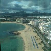 Photo taken at Altamar Restaurant - 17th Floor Gran Hotel by Oliver R. on 11/26/2014