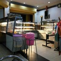 Photo taken at Restoran Al-Wadud by Anick M. on 8/9/2016