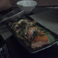Foto tirada no(a) Sal Doce Sushi Bar por Américo V. em 7/30/2013
