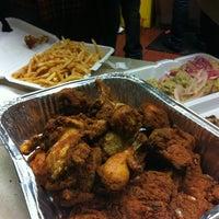 12/30/2012에 Gabriel أ.님이 John's Fried Chicken에서 찍은 사진