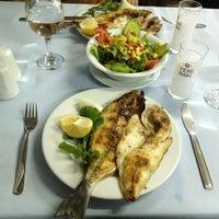 Foto scattata a Çapari Restaurant da Maksut O. il 1/27/2013