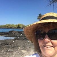Photo taken at Hōnaunau Bay Puʻuhonua Pt. by Cathy L. on 2/29/2016