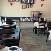Photo taken at Flor de Aguacate Restaurante by José Manuel M. on 4/30/2013