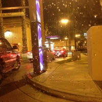 Photo taken at Taco Bell by Jennifer T. on 12/17/2012