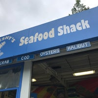 Photo taken at Freshy's Seafood Market by Chris C. on 8/13/2017