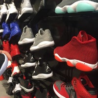 Photo taken at Foot Locker by Ramazan A. on 7/2/2016