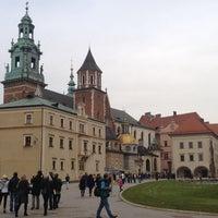 Foto tirada no(a) Zamek Królewski na Wawelu por Chris C. em 11/2/2013