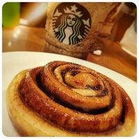 6/16/2013 tarihinde Paula B.ziyaretçi tarafından Starbucks'de çekilen fotoğraf