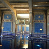 Photo taken at Hearst Castle Roman Pool by Shariff Y. on 9/7/2016