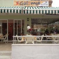 Foto tirada no(a) Gülümse Cafe por Sinem em 3/11/2014