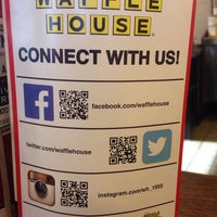 Photo taken at Waffle House by Jane S. on 12/22/2014