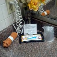 Photo taken at Verizon Wireless (Shock City Cellular) by Dennis H. on 11/14/2012