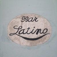 Photo prise au Bar latino par Karin R. le6/22/2014