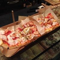 Foto scattata a Q Food & More da Richard Y. il 7/30/2013