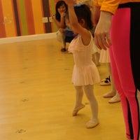 6/17/2013 tarihinde Denny S.ziyaretçi tarafından Bella Ballerina'de çekilen fotoğraf