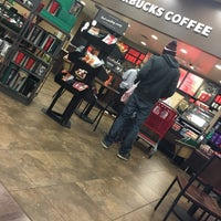 Photo taken at Starbucks by Aly H. on 11/22/2016