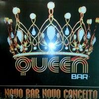Foto tirada no(a) Queen Disco Bar por Juninho Cavalcante em 12/4/2012
