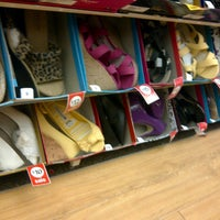 Photo taken at Payless ShoeSource by Reinny C. on 1/26/2013