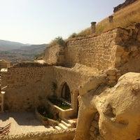 Photo taken at Kayakapi Premium Caves - Cappadocia by Bekir A. on 6/12/2013