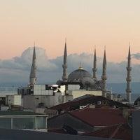 รูปภาพถ่ายที่ Hotel Miniature Istanbul โดย Neil C. เมื่อ 9/23/2016