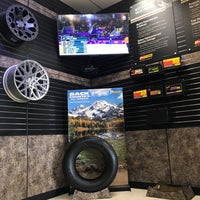 Photo taken at Les Schwab Tire Center by Rolf on 2/19/2018