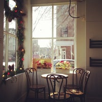 Photo taken at Cafe Pedlar by Paula I. on 12/28/2012
