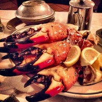 Photo taken at Joe's Stone Crab by Leandro O. on 1/23/2013