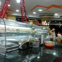 Foto tirada no(a) Santa Coxinha por Solange B. em 11/30/2012