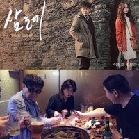 Photo taken at 매드 후라이 치킨 by Hyo-Won L. on 6/20/2016