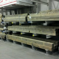 Photo taken at Lowe's Home Improvement by Robert S. on 10/21/2012